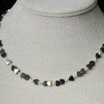 náhrdelník hematitová srdíčka