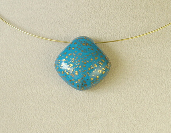 náhrdelník polymer modrý
