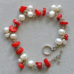 naramek ricni perly a cerveny koral morsky