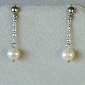 visaci nausnice ricni perly